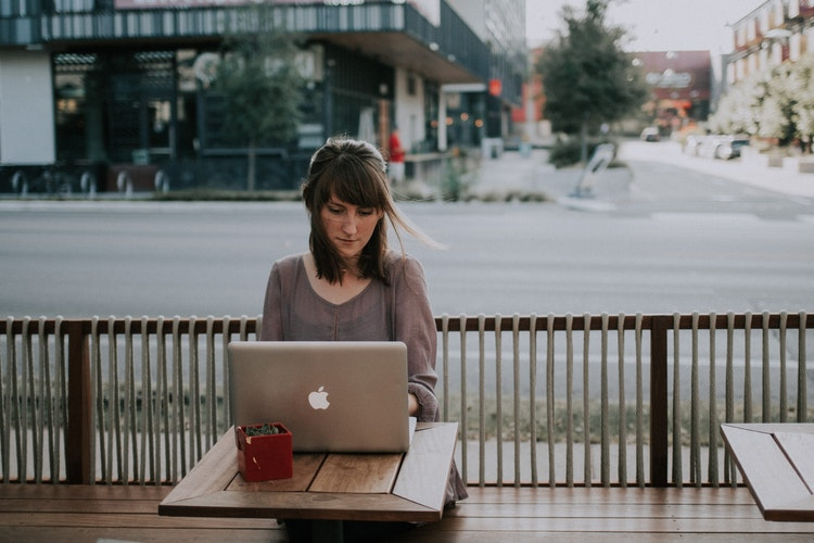 how to find freelance work online